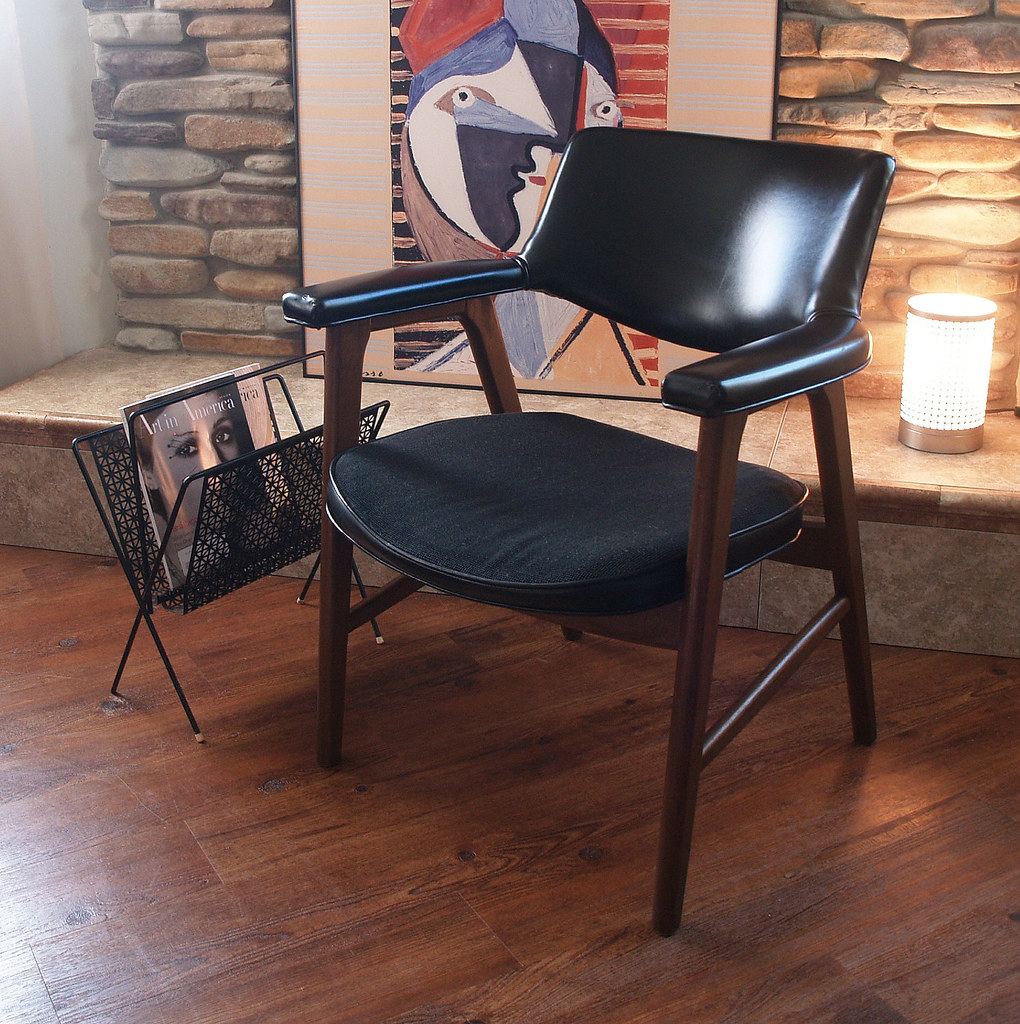 Mid Century Modern Walnut Chair Black Faux Leather Retro V