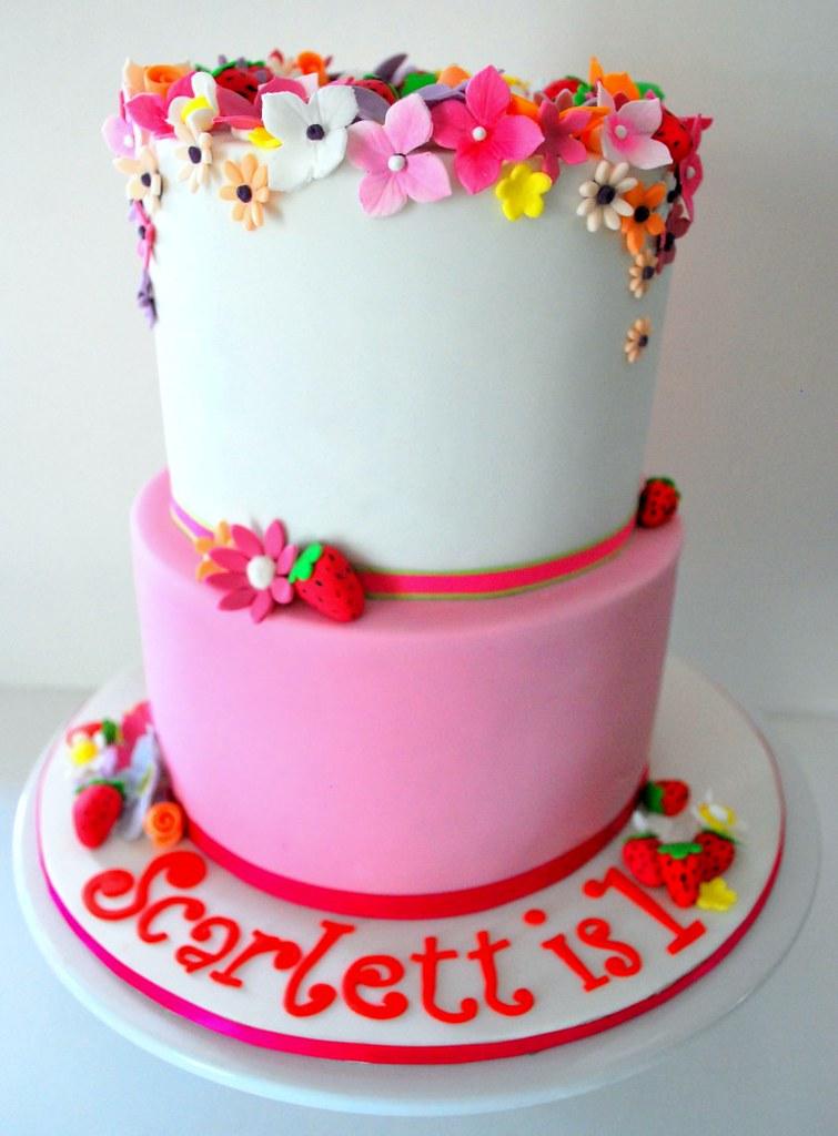 Scarlett S 1st Birthday Cake Scarlett S 1st Birthday