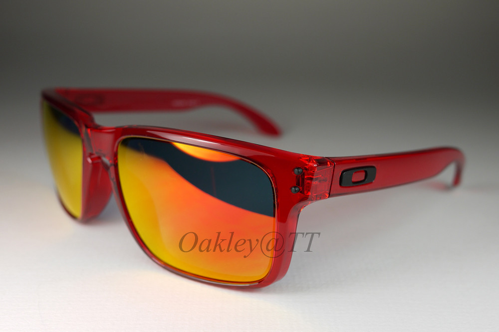 oakley holbrook crystal red