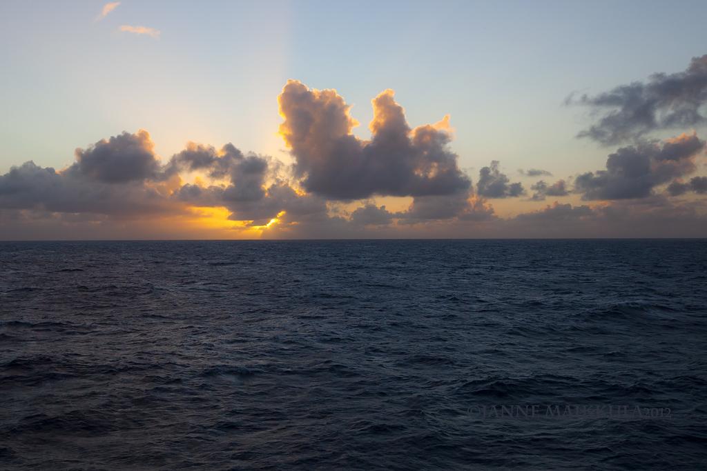 Middle Of The Atlantic Ocean Atlantic Ocean Janne