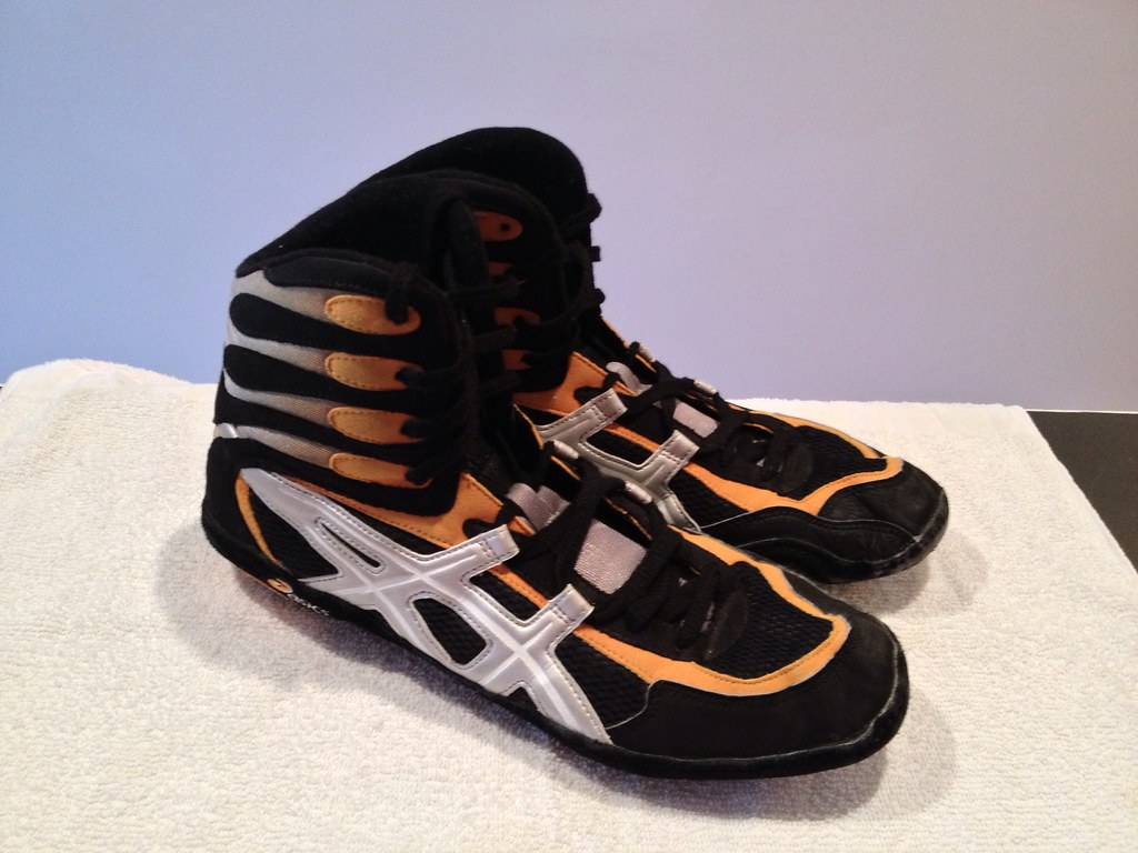 Asics Pursuit 2 Wrestling Shoes - GONE | Size 13 GONE ...