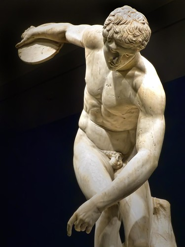 Diskobolos (discus thrower) 2nd century CE Roman copy of 4 ...