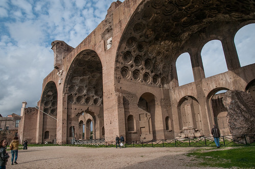 Basilica of Maxentius | Also called Basilica of ...
