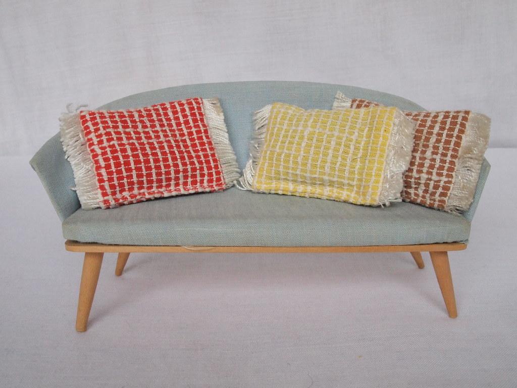 1960 hennig wohnzimmer couch mit sofakissen for Wohnzimmer 1960