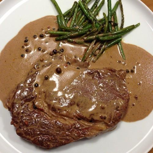 Rib-Eye-Steak Mit Pfeffer-Cognac-Sahne-Sauce Und Grünen Bohnen @ Le Gourmand, Private Home Fine Dining