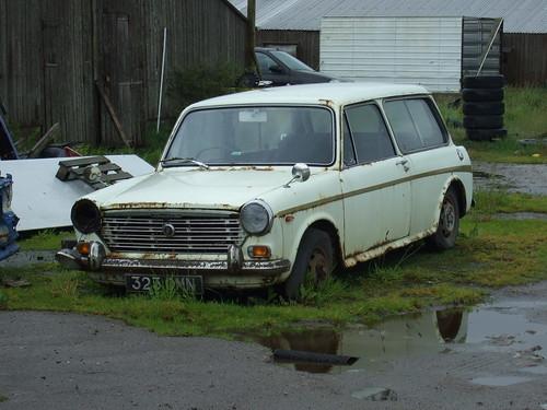 1969 austin 1100 1300 estate 323omn parked outside some ol flickr. Black Bedroom Furniture Sets. Home Design Ideas