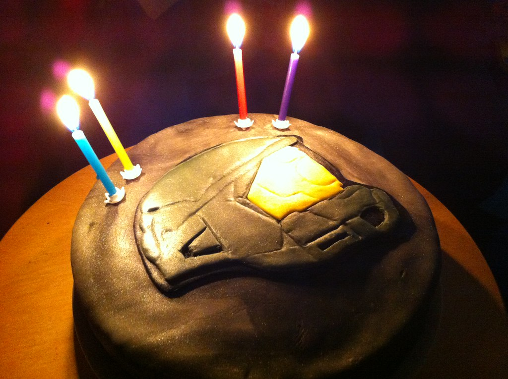 Master Chief Cake Awesome Halo themed birthday cake hand m Flickr