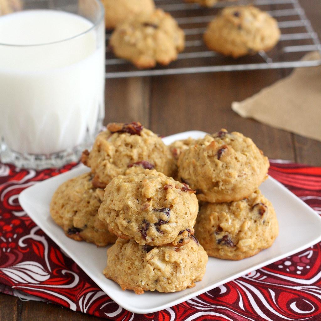 Almond-Cranberry Quinoa Cookies ...