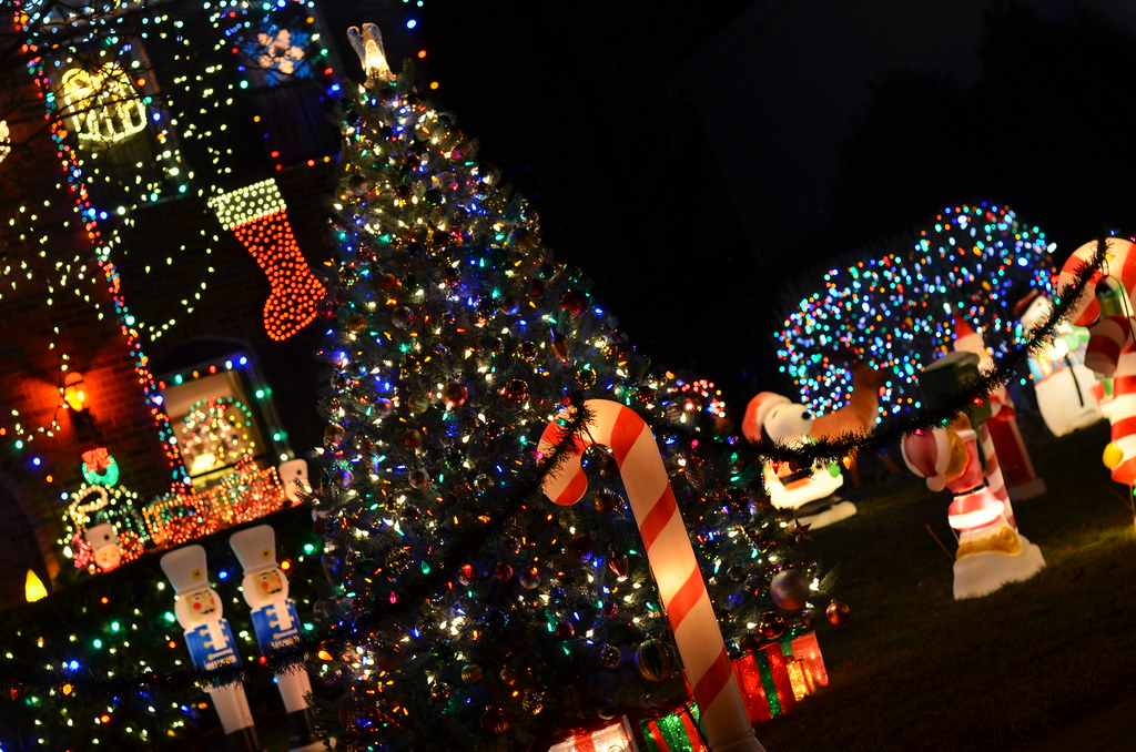 naperville christmas lights 049 by michael kappel