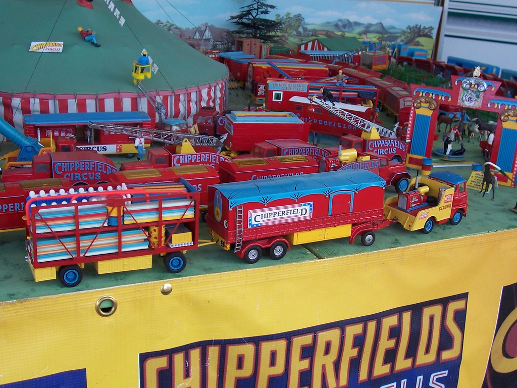 Code 3 Chipperfield Circus Models