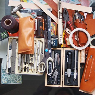 Organized Not neatly but organized, crafting an iPad mini leather case, helps me to balance being critical to products yet able to appreciate design efforts at the same time. | by Patrick Ng
