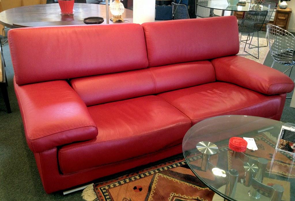 Roche bobois red leather sofa roche bobois red leather for Roche bobois italia
