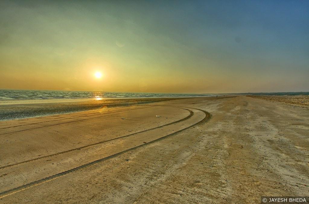 Sunset at Windfarm beach, Mandvi, Kutch, Gujarat | Sunset at ...