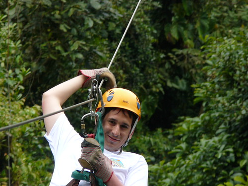 Sele haciendo canopy en Monteverde (Costa Rica)