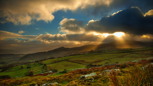 Late sun on New Years Day, Conwy Valley, Wales, UK | by erwlas