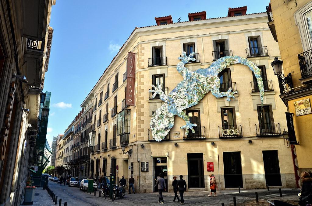 madrid calle del prado mejor con fondo negro www ForCalle Prado 9 Madrid