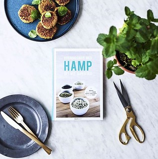 Boganmeldelse – Hverdagsmad med hamp – det nye superfood