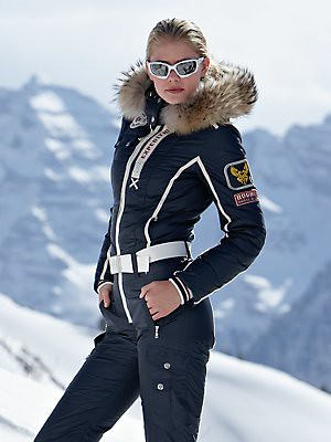 Ski Clothing. Besides hot cocoa and a great set of skis, the most important thing you need to have on your trip to a resort this year is the ideal collection of ski clothing.