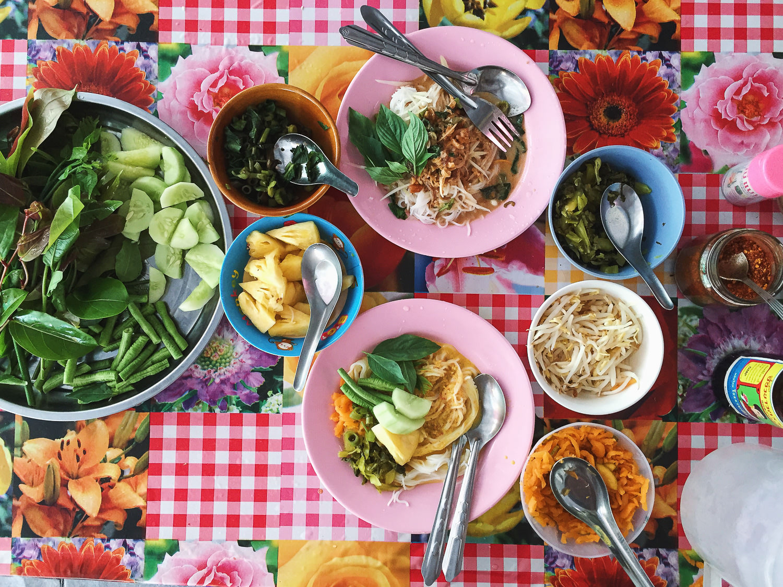 Vegan Khanom Jeen Nam Ya & Nam Prik