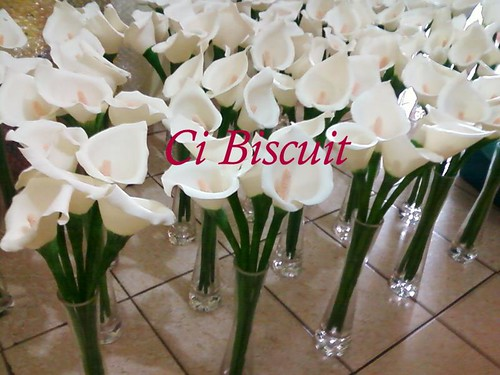 Copo de leite em biscuit enfeite de mesa para casamento Flickr # Enfeites De Mesa Para Casamento Com Suculentas