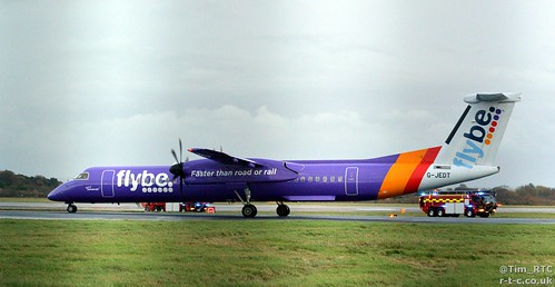 Flybe Dash 8 G-JEDT diverted into Manchester | by Tim R-T-C