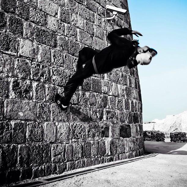 parkour wall flip - photo #3
