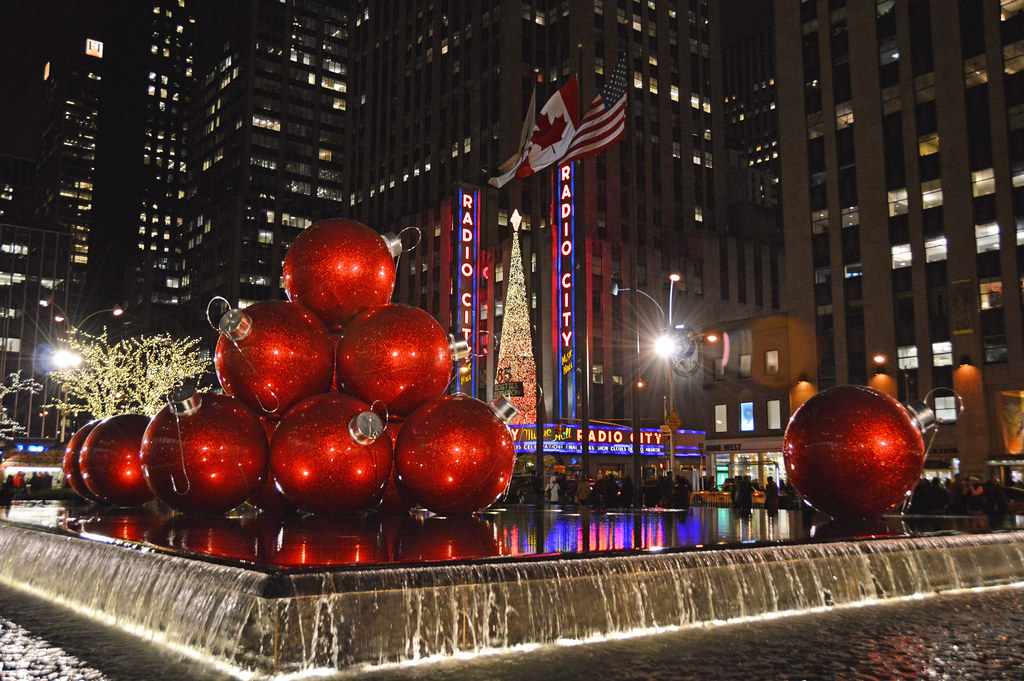 Picture Of Large Christmas Ornament's Taken On 6th Avenue … | Flickr