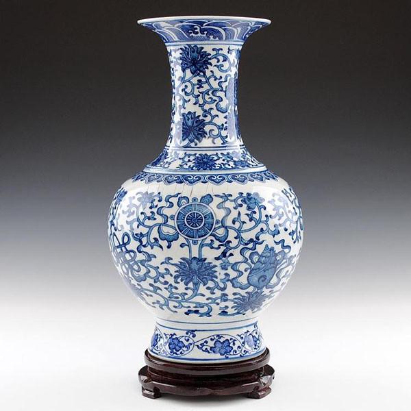 Asia Antique Blue And White Porcelain Vase 1 Item Name