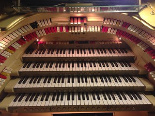 Wurlitzer organ at the Paramount Theater | by shelmac