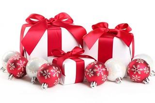 Cadeaux-de-Noël-485x728