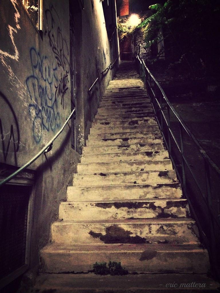Escaliers de la mont e coquillat c 39 est souvent par cet es flickr - La montee des escaliers ...