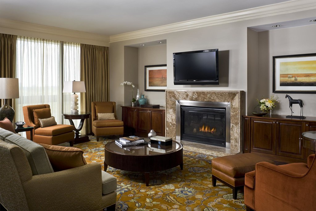 The st regis houston presidential suite living room flickr for Lounge room suites