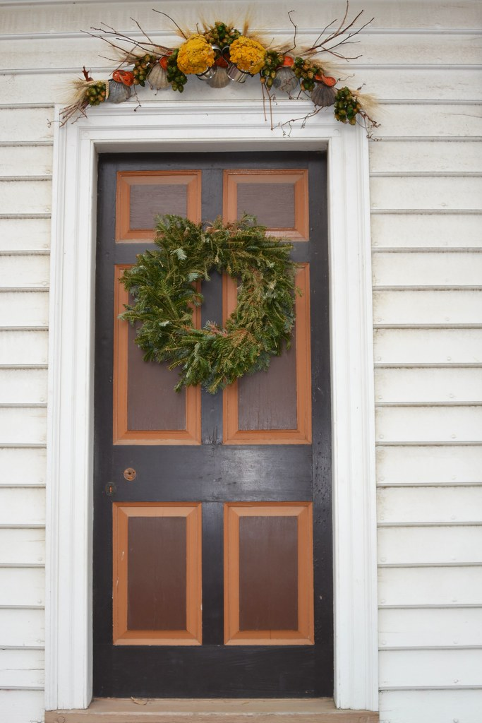 ... Wreath And Door Topper | By Tobyotter