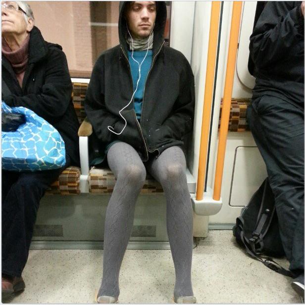 Guys wearing pantyhose guys in pantyhose
