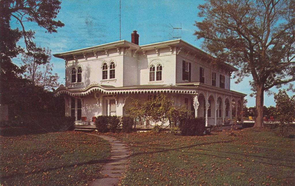 Townsend Manor Inn - Greenport, Long Island, New York