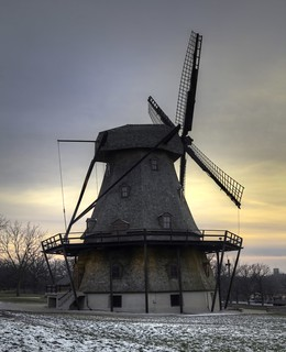 Fabyan Windmill in Geneva, Illinois | by player_pleasure