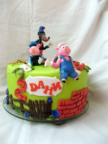 Three Little Pigs Cake Topper