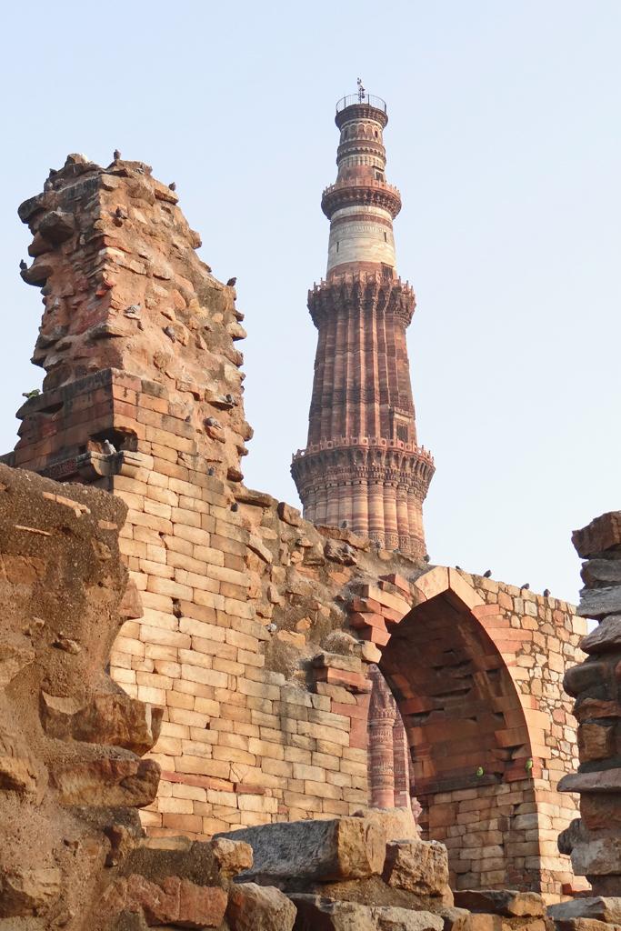 le complexe du qutb minar delhi vue du complexe du qutb flickr. Black Bedroom Furniture Sets. Home Design Ideas