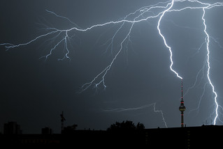 Gewitter / Thunderstorm in Berlin | by davidcl0nel