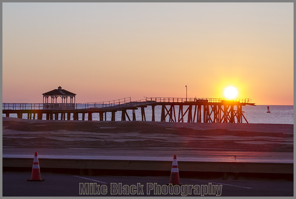 Sunrise belmar fishing pier new jersey fishing pier was for Belmar nj fishing report