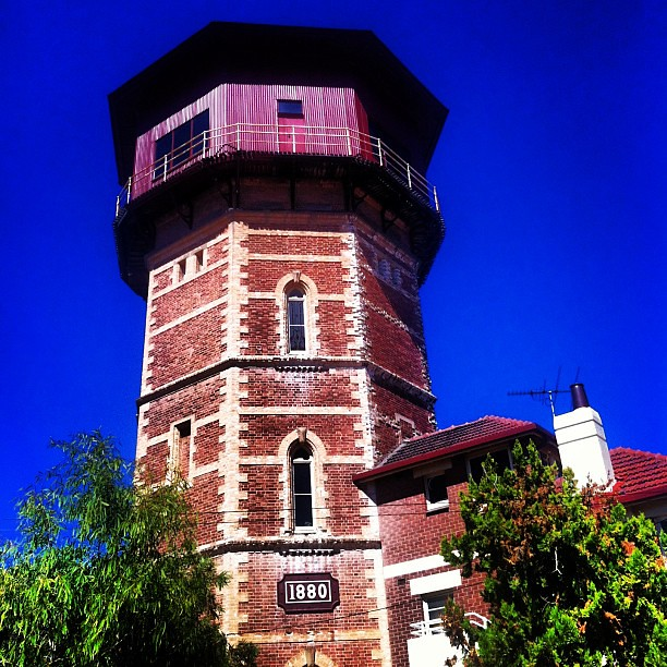 Water tower home semaphore adelaide architecture bric for Architecture jobs adelaide