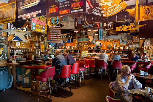 Cubi Bar Cafe