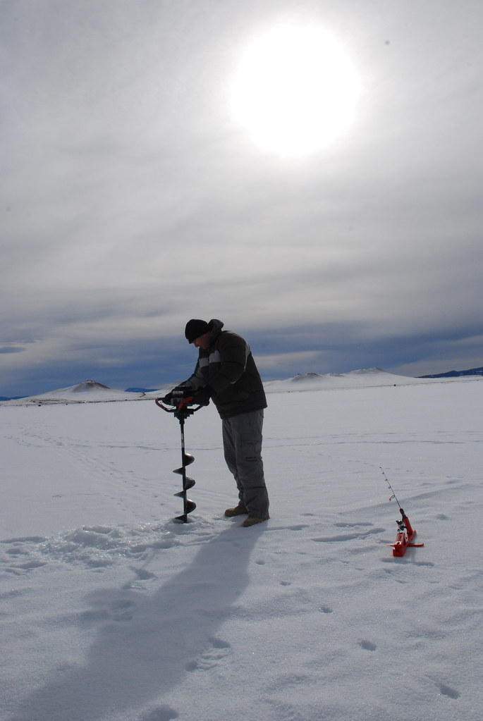 Dsc 0196 ice fishing on antero reservoir mike for Antero reservoir fishing report