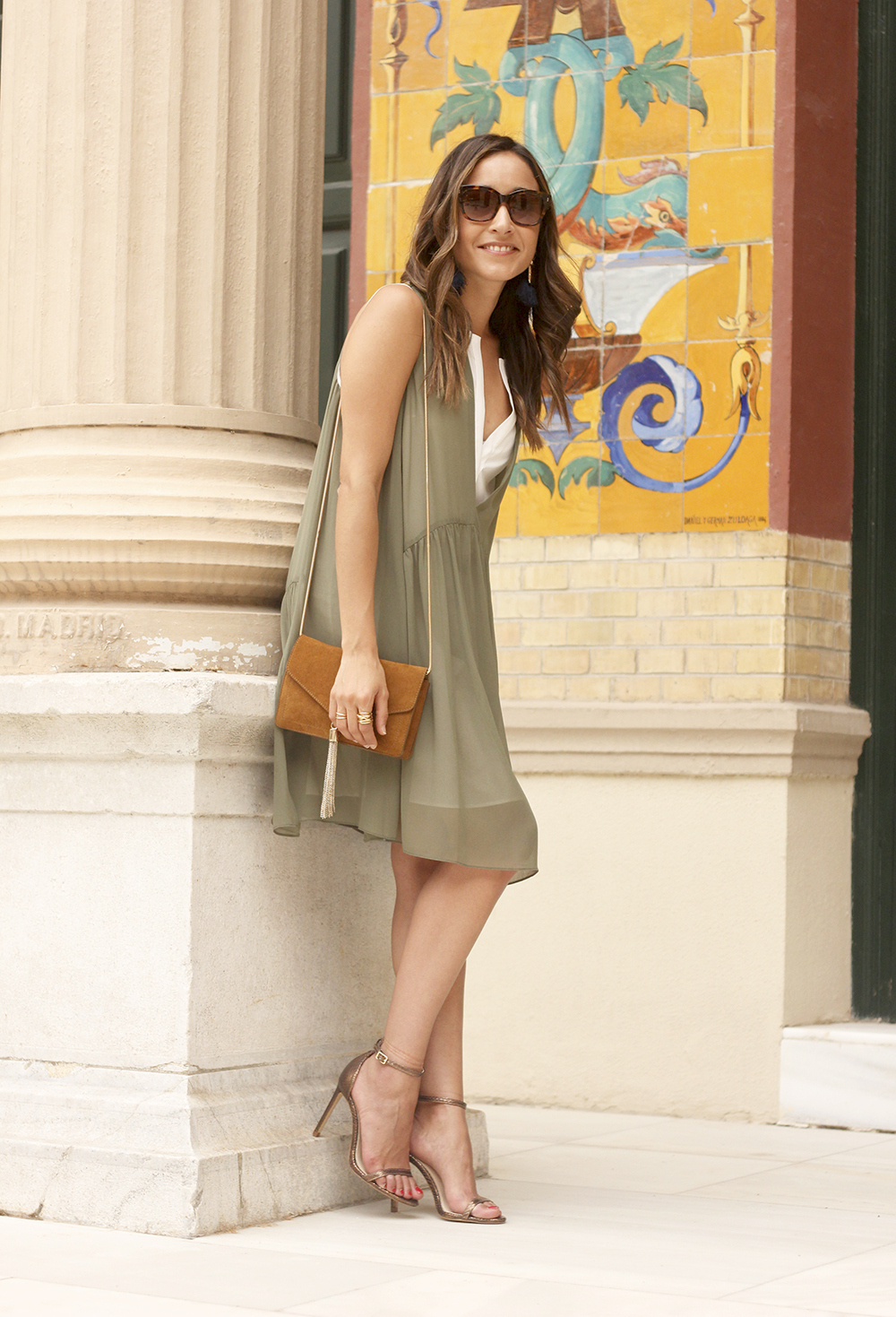 Olive green maje dress bronze heels uterqüe bag Mango earrings summer outfit13