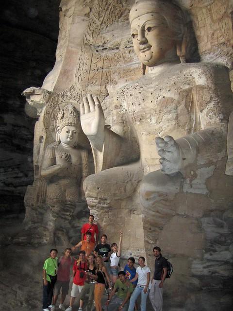 Buda de piedra en las Grutas de Yungang (Datong, China)