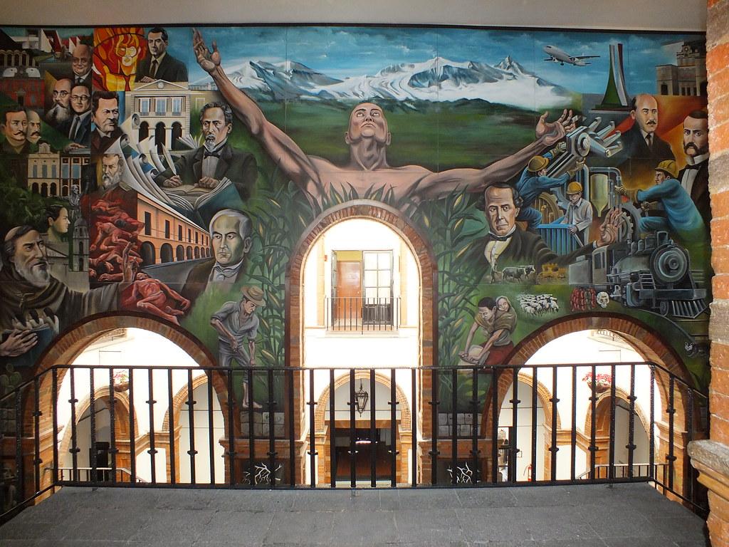 Mural del palacio municipal de toluca moises sanchez for Mural de prepa 1 toluca