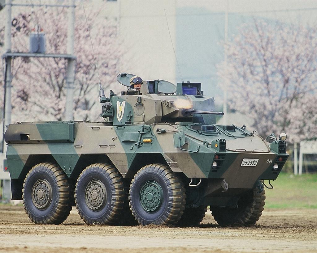 87式偵察警戒車   略称:RCV 愛...