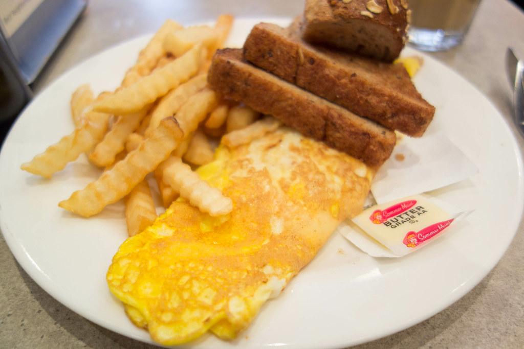 Best Breakfast In Hell S Kitchen Nyc