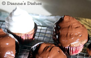 High-Hat Cupcakes | by Dianne's Dishes