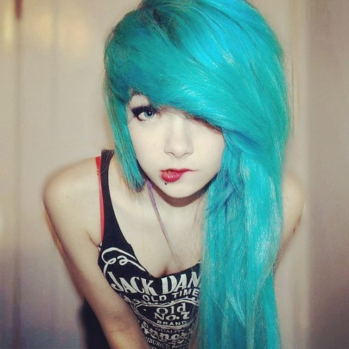 Emo Girl Beauty Blue Hair Pretty Eyes Cool Look